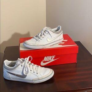 Nike Woman Capri lll LTH